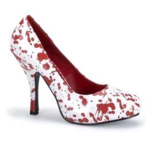 ❤HOST PICK Size 9 Blood Spattered Heels